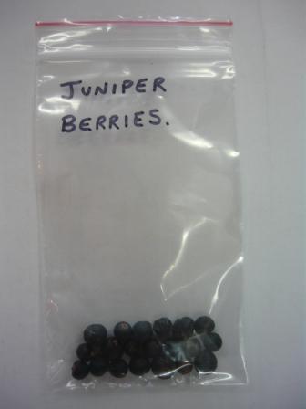 Juniper Berries (Pack of 20)